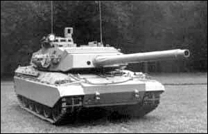 military army vehicle AMX 32