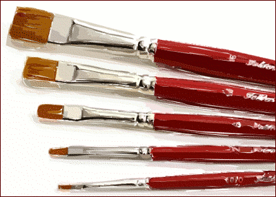 brushes red